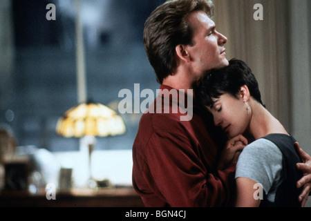 Ghost Year : 1990 Director : Jerry Zucker Patrick Swayze, Demi Moore - Stock Photo