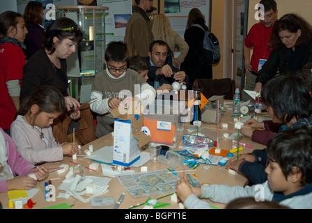 Paris, France, Children Working with Crafts at Public Events, 'Fete de la Science', (French National Science Fair), - Stock Photo