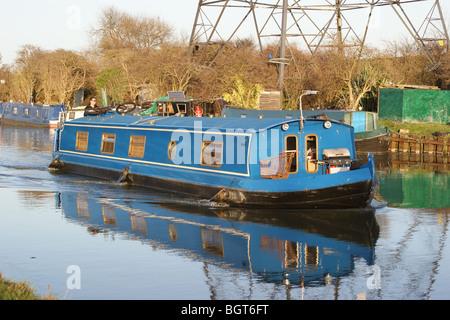 Narrowboat on the River Lea, Tottenham, London, England - Stock Photo