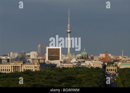 Berlin. Germany. View across the Tiergarten towards the Brandenburg Gate & Mitte. - Stock Photo