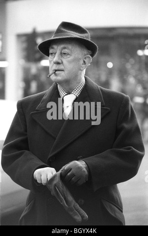 Sir Alec Guinness portrait London 1977 1970s Taken in Soho London UK 70s HOMER SYKES - Stock Photo