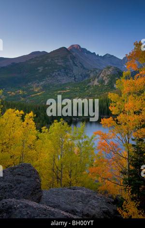 Autumn colors at Bear Lake, Rocky Mountain National Park, Colorado. - Stock Photo