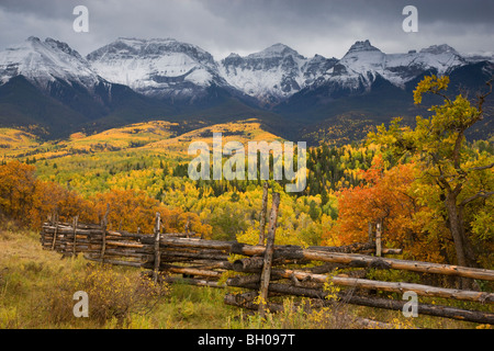 Autumn colors and the Sneffels Range, San Juan Mountains, Colorado. - Stock Photo