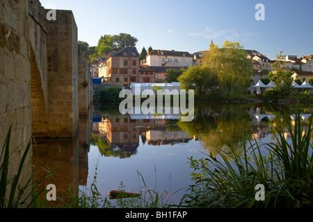 Pont Saint Etienne over the Vienne river in the morning light, The Way of St. James, Chemins de Saint-Jacques, Via - Stock Photo