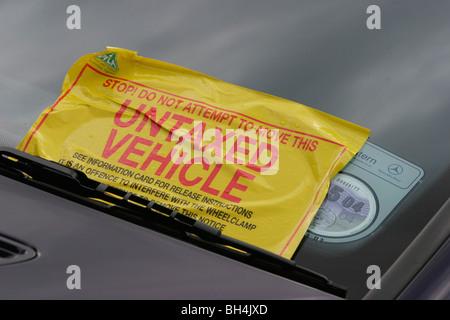 Untaxed motor vehicle receives penalty notice. Scotland. - Stock Photo