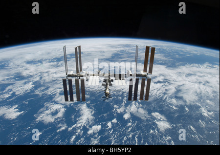 November 25, 2009 - The International Space Station in orbit above the Earth. - Stock Photo