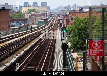 Subway tracks in Brooklyn, NYC - Stock Photo
