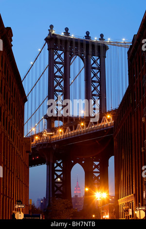 USA, New York City, Manhattan, Manhattan Bridge - Stock Photo