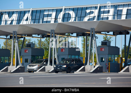 Champlain Border Crossing between United States and Canada - Stock Photo