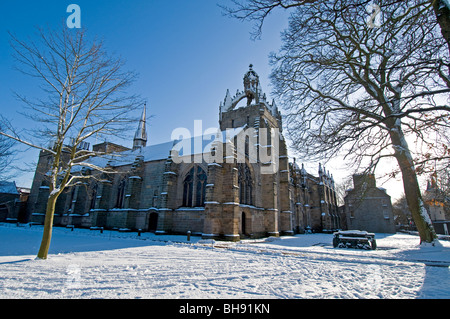 King's College, Aberdeen Scotland with the chapel's Crown Tower visible in Winter  SCO 6037 - Stock Photo