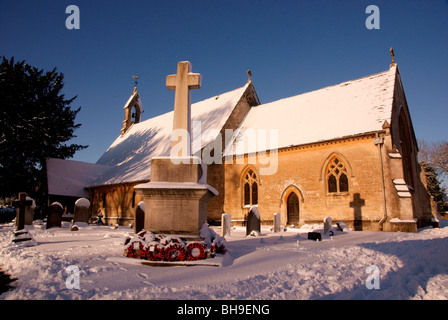 Snow on St Saviour's Church, Tetbury, in the Cotswolds - Stock Photo