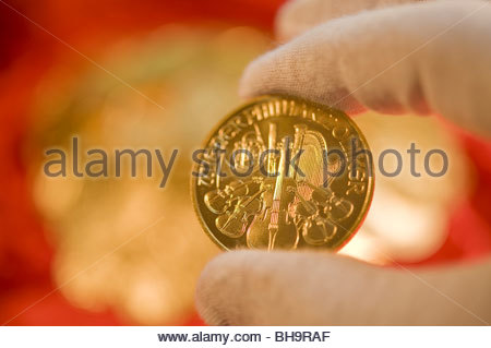 Goldmünzen (Wiener Philharmoniker) - Gold Coins (Wiener Philharmoniker) - Stock Photo