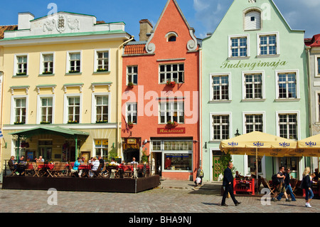 Raekoja plats (Town Hall square), at the centre of the Old Town, Tallinn, Estonia. - Stock Photo