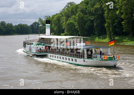 PADDLE WHEEL STEAMER, ELBE RIVER, NEAR PILLNITZ, DRESDEN, SAXONY, GERMANY - Stock Photo