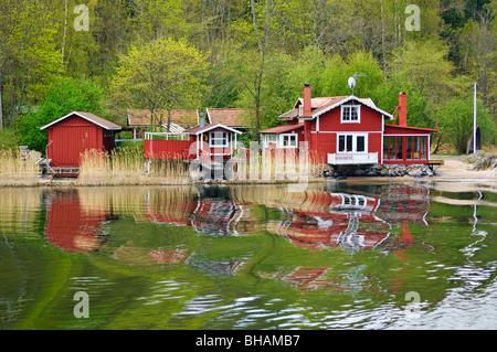 Waterfront cottages in Stockholms Skärgården (Stockholm Archipelago), Sweden - Stock Photo