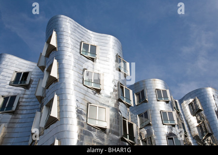 NEUER ZOLLHOF BUILDING OF FRANK O. GEHRY AT MEDIENHAFEN MEDIAPORT IN DUSSELDORF, NORTH RHINE WHESTPHALIA, GERMANY - Stock Photo