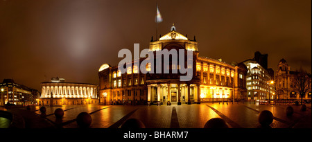 Victoria Square in Birmingham City Centre, showing the Council House, The Town Hall. Birmingham, England. - Stock Photo