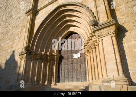 Trujillo, Extremadura, Spain. West door of the 13th century Iglesia de Santa María la Mayor in the upper town. - Stock Photo