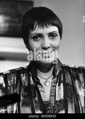Fassbaender, Brigitte, * 3.7.1939, German opera singer, portrait, 1983, , Additional-Rights-Clearances-NA - Stock Photo