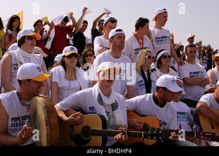 Pilgrims at the Pontifical Mass celebrated by His Holiness Pope Benedict XVI on the Mount of the Precipice - Stock Photo