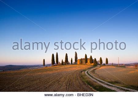 Farmhouse near Pienza, Val D'Orcia, Tuscany, Italy. - Stock Photo