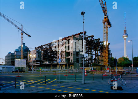 Demolition of the Palast der Republik, Palace of the Republic, in front of Berlin Cathedral and Fernsehturm television - Stock Photo