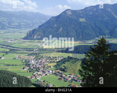 geography / travel, Austria, Tyrol, landscapes, view from the 'Kanzelkehre' to the Inntal (Inn Valley) and the Zillertal - Stock Photo