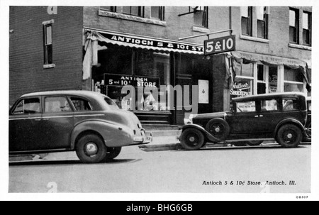 Antioch 5 & 10 Cent Store, Antioch, Illinois, USA, 1940. - Stock Photo
