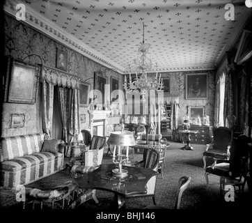 Crimson Drawing-Room, Holland House, Kensington, London, c1896-c1920..  Artist: Alfred Newton & Sons - Stock Photo