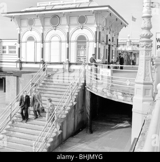 Entrance pavilion, West Pier, Brighton, East Sussex, 1960s. Artist: Eric de Maré - Stock Photo