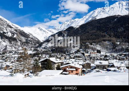 View over the resort of Courmayeur from Dolonne, Courmayeur, Aosta Valley, Italy - Stock Photo