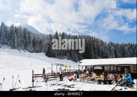 Drag lift and bar at the bottom of the slopes, Kirchberg, near Kitzbuhel, Tyrol, Austria - Stock Photo