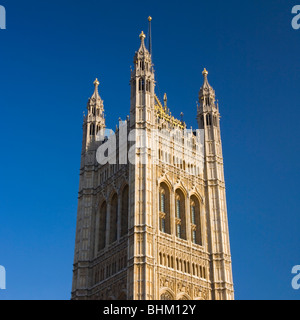 London, Greater London, England. The Victoria Tower, highest tower of the Houses of Parliament. - Stock Photo