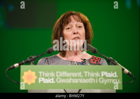 Jill Evans MEP Plaid Cymru addressing the party's 2010 Spring Conference, Cardiff, South Wales, UK - Stock Photo