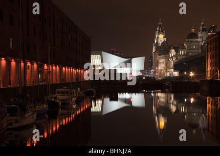Liverpool, Merseyside, England, UK, Europe. Night reflections in Albert Dock - Stock Photo