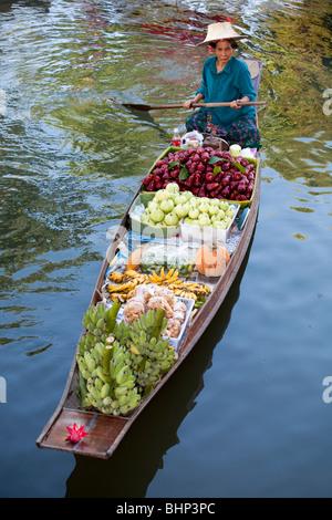 Long Tailed Boat, Bangkok _ The Damnoen Saduak Floating Market, Thailand, Asia - Stock Photo