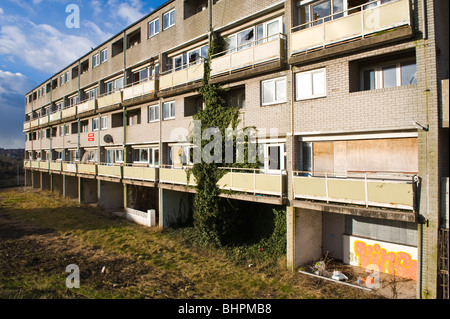 Uk Abandoned Council Housing Estate Near Mosque In Hackney