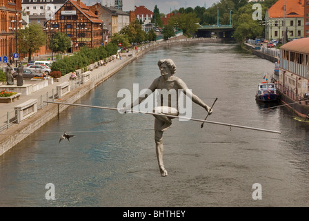 Crossing the River sculpture over Brda river at Bydgoszcz, Kujawsko-Pomorskie, Poland - Stock Photo