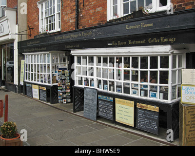 The oldest chemist shop in England - Stock Photo