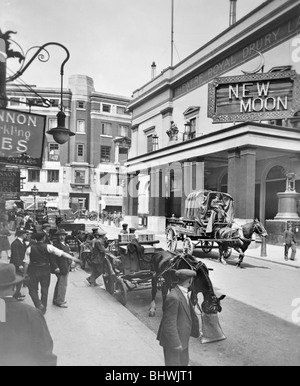 The Theatre Royal, Drury Lane, London, (c1930s?). - Stock Photo