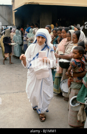 Mother Teresa of Calcutta at her mission to aid poor and starving people, Calcutta, India