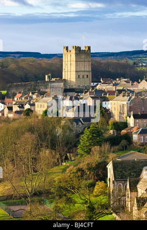 Richmond Castle and Richmond town, North Yorkshire, England, UK - Stock Photo