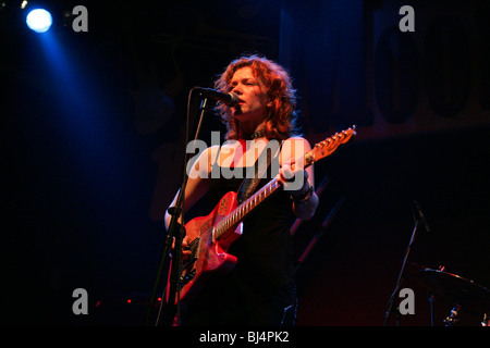 Canadian blues singer, guitarist and songwriter Sue Foley live at the Moonwalker Music Club in Aarburg, Aargau, - Stock Photo