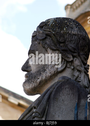 The profile of one of the 'Herms' around the perimeter of the Sheldonian Theatre. Broad Street Oxford. - Stock Photo