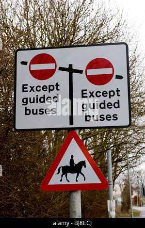 The Cambridge guided busway is paralysed. The busway due to open in 2009 between Cambridge and St Ives is now involved - Stock Photo