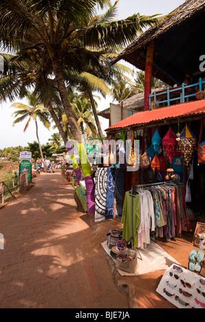 India, Kerala, Varkala clifftop clothes and souvenir shop - Stock Photo