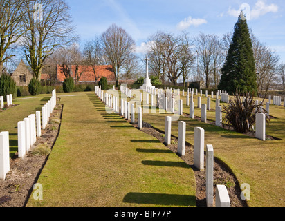 War Graves in Ramparts Cemetery near the Lille Gate in Ypres - Stock Photo
