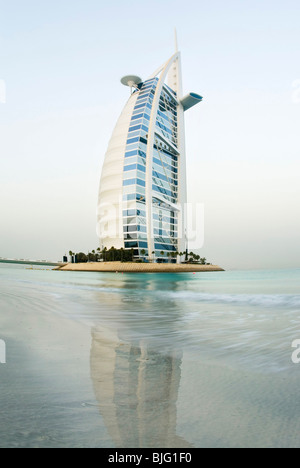 Burj al arab the most expensive hotel in the world dubai for Burj al arab 7 star hotel