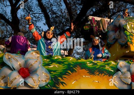 Krewe members on an Endymion float, Mardi Gras, New Orleans, Louisiana - Stock Photo