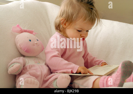 Education Children Reading - Stock Photo